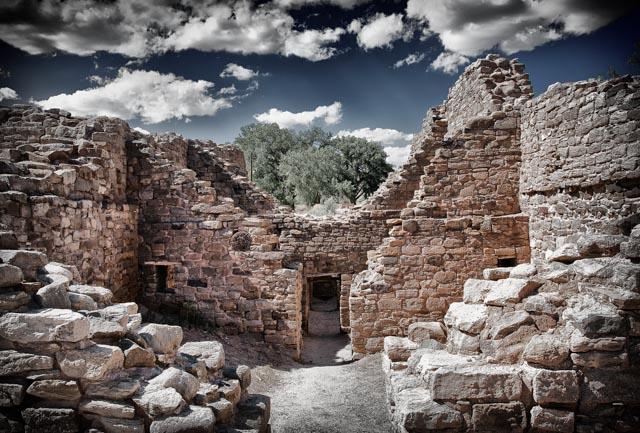 Aztec-Ruins-doorway-3.jpg